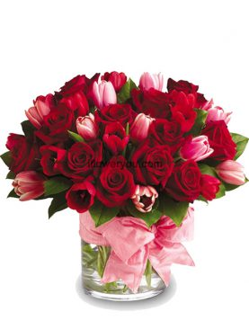 I Love You - Roses and Tulips Elegance